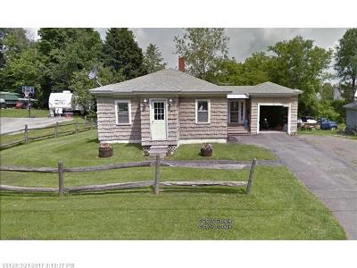Houlton ME Single Family Home For Sale: $74,900