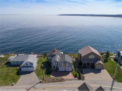York Single Family Home For Sale: 111 Nubble Rd