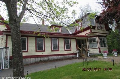 Lincoln Single Family Home For Sale: 208 Main St