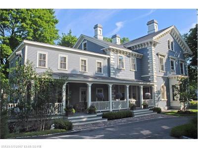 Kennebunk Single Family Home For Sale: 35 Summer St