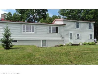 Single Family Home For Sale: 2065 Lakeview Rd