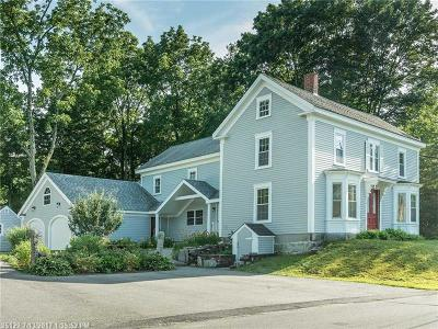South Berwick Single Family Home For Sale: 81 Brattle St