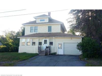 Millinocket Single Family Home For Sale: 68 School St