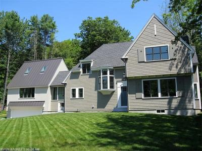 Kennebunkport Single Family Home For Sale: 2 Woodlawn Ave