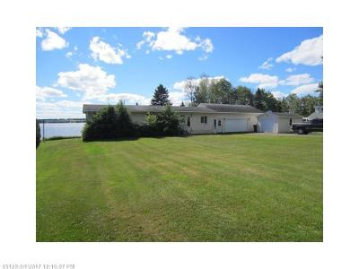 Madawaska Single Family Home For Sale: 843 Lake Shore Road