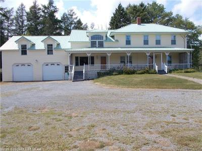 Presque Isle Single Family Home For Sale: 337 Easton Rd