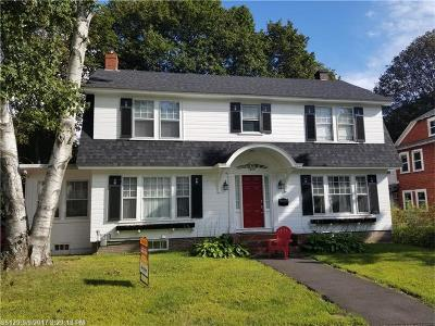 Bangor ME Single Family Home For Sale: $165,000