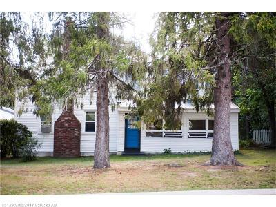 Scarborough Single Family Home For Sale: 187 Pleasant Hill Rd