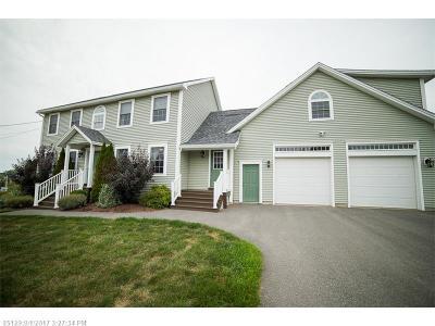 Bangor Single Family Home For Sale: 24 Hillview Dr