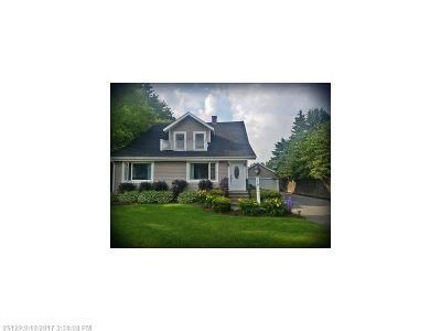 Caribou Single Family Home For Sale: 18 Washington St