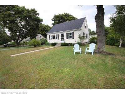 York County, Cumberland County Single Family Home For Sale: 10 Nelsen Rd