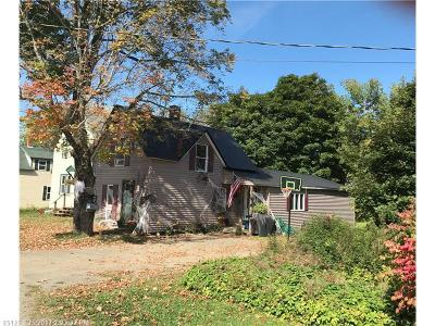 Houlton ME Single Family Home For Sale: $65,000