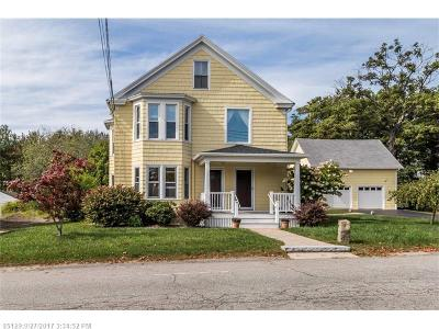 Kennebunk Single Family Home For Sale: 7 Depot St