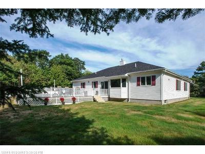 Single Family Home For Sale: 94 Maddocks Avenue