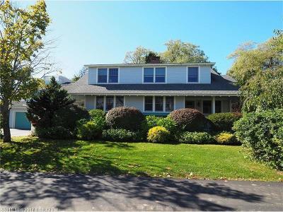 Kennebunk Single Family Home For Sale: 4 Bruen Pl