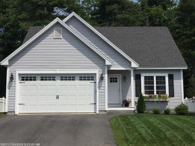 Portland Single Family Home For Sale: 40 Morningstar Ln