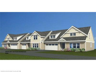 Kennebunk Condo For Sale: 2 Chestnut Ln 2 #2