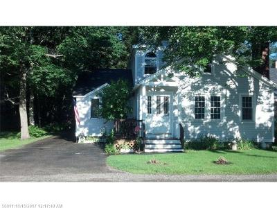 Scarborough, Cape Elizabeth, Falmouth, Yarmouth, Saco, Old Orchard Beach, Kennebunkport, Wells, Arrowsic, Kittery Single Family Home For Sale: 25 Shady Ln