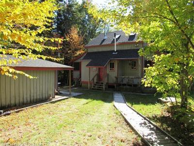 Lakeville Single Family Home For Sale: Lot 4-12 Pickerel Pt