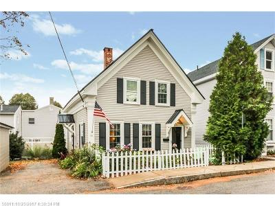 Kittery Single Family Home For Sale: 10 Pleasant St