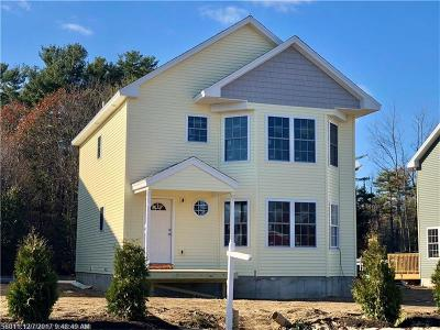 Old Orchard Beach Single Family Home For Sale: 6 Seaglass Ter