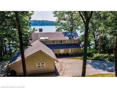 Scarborough, Cape Elizabeth, Falmouth, Yarmouth, Saco, Old Orchard Beach, Kennebunkport, Wells, Arrowsic, Kittery Single Family Home For Sale: 25 Channel Point Rd