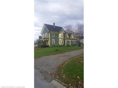 Houlton ME Single Family Home For Sale: $84,000