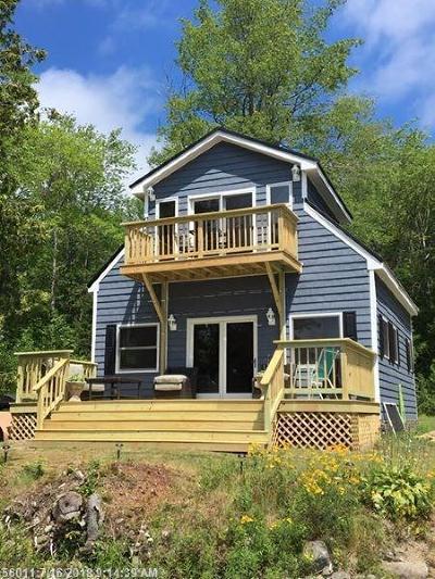 Single Family Home For Sale: 60 Oak Lane