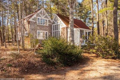 Kittery Single Family Home For Sale: 43 Seapoint Rd