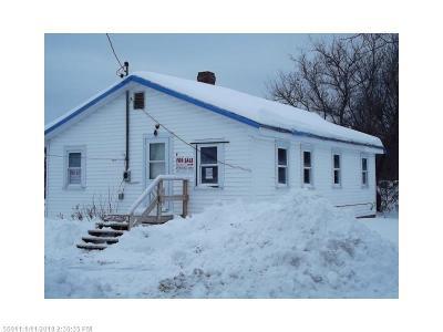 Mattawamkeag Single Family Home For Sale: 5 Cross