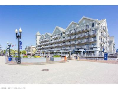 Old Orchard Beach Condo For Sale: 1 East Grand Ave 200 #200