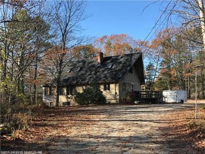 Freeport Single Family Home For Sale: 1-A Youngs Ln
