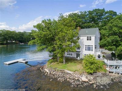 Scarborough, Cape Elizabeth, Falmouth, Yarmouth, Saco, Old Orchard Beach, Kennebunkport, Wells, Arrowsic, Kittery Single Family Home For Sale: 21 Oak Ter