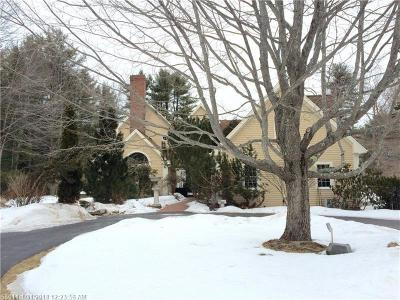 Falmouth Single Family Home For Sale: 19 Inverness Rd