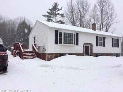Hermon ME Single Family Home For Sale: $209,900