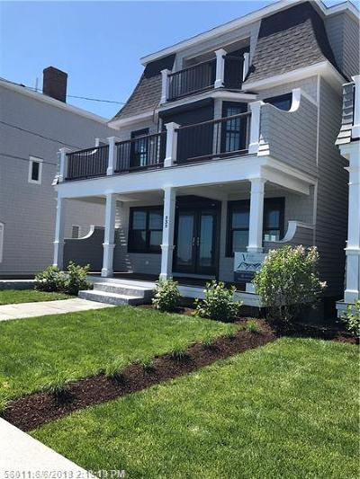 Scarborough, Cape Elizabeth, Falmouth, Yarmouth, Saco, Old Orchard Beach, Kennebunkport, Wells, Arrowsic, Kittery Single Family Home For Sale: 335 Webhannet Dr