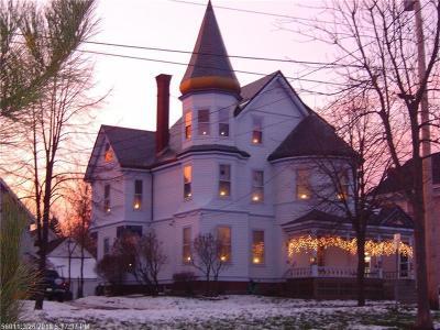 Bangor ME Single Family Home For Sale: $314,700