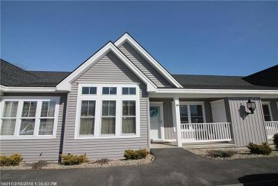 York County, Cumberland County Condo For Sale: 10 Levi Ln 104 #104