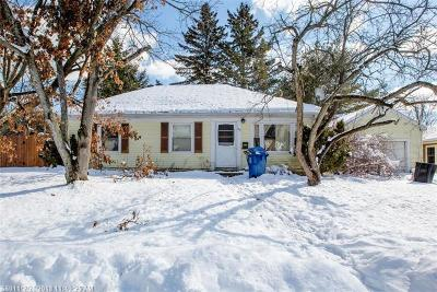 Portland Single Family Home For Sale: 82 Vera St