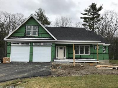 Scarborough, Cape Elizabeth, Falmouth, Yarmouth, Saco, Old Orchard Beach, Kennebunkport, Wells, Arrowsic, Kittery Single Family Home For Sale: 132 Ridgewood Dr L4 #L4