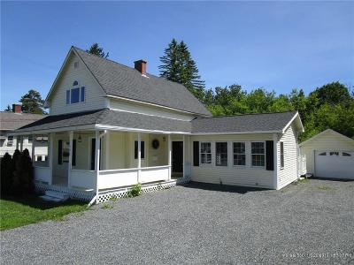 Presque Isle ME Single Family Home For Sale: $130,000