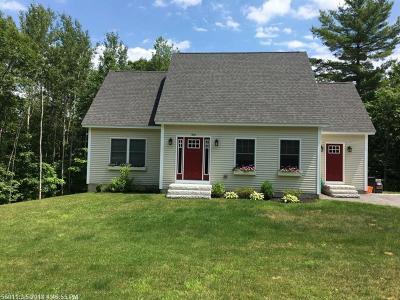 Freeport Single Family Home For Sale: 4 Winding Ridge Way