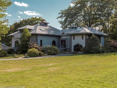 Falmouth Single Family Home For Sale: 241 Foreside Rd