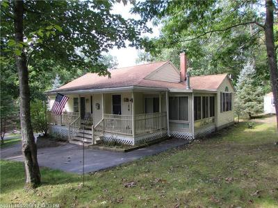 Waterboro Single Family Home For Sale: 16 Betty Ln