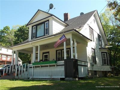 Single Family Home For Sale: 39 Park Street