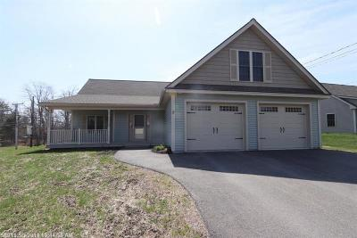 Hampden Single Family Home For Sale: 7 Chickadee Ln
