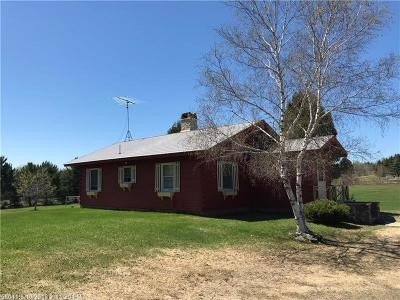 Littleton Single Family Home For Sale: 399 Front Ridge Road