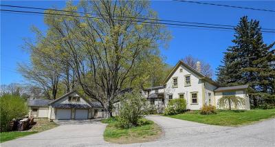South Berwick Single Family Home For Sale: 2 Drury Ln
