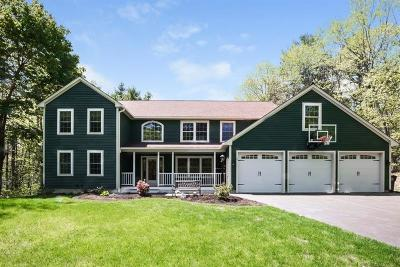 Kennebunk Single Family Home For Sale: 2 Carriedale Ln
