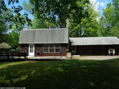 Single Family Home For Sale: 388 North Rd